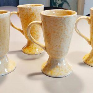 Set 4 mugs en grès émaillé