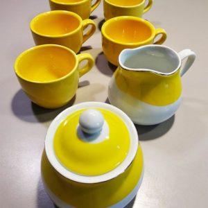 Tasse à café jaune porcelaine - sucrier - verseuse