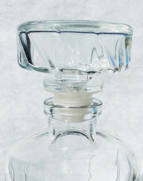 Carafe à whisky en verre - détail bouchon