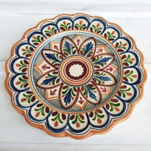 Grande assiette espagnole peinte, La Bisbal