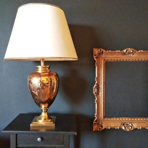 grande lampe de forme balustre métal doré façon églomisé